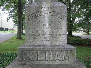 pelham-monument